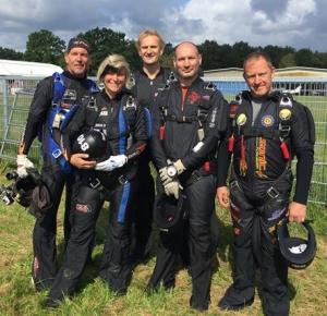 Team mit Luc Verstrepen (Leihgabe von AtomiX)